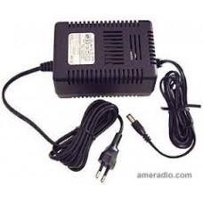 AC adapter voor R8500