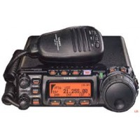 Yaesu FT-857  HF/6/2 en 70 cm all mode